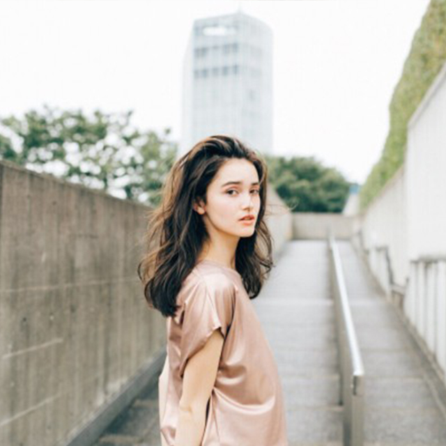 桐谷 美玲